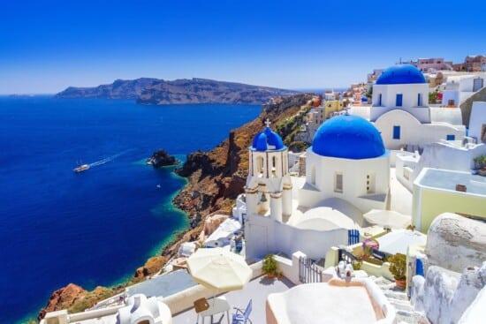 EXPERIENCE SANTORINI WITH A GREEK FRIEND_1